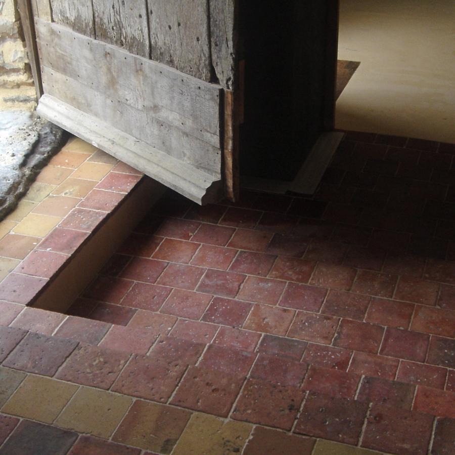 Carrelage ancien en ciment for Carrelage classe 4