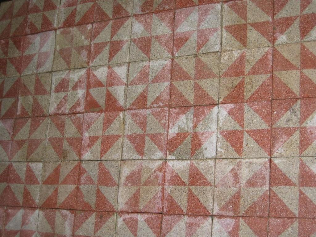 Carrelage ancien en ciment for Ancien carrelage ciment