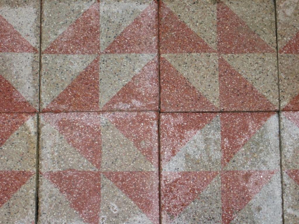 Carrelage ancien en ciment rose et gris 20x20cm bca for Ancien carrelage ciment