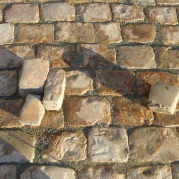 Pavés anciens grès beige de récupération