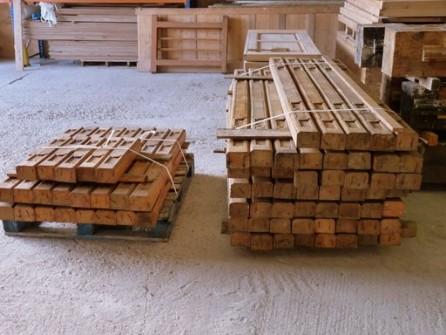Plafond ancien bois poutres apparentes bca mat riaux for Plafond poutres apparentes bois