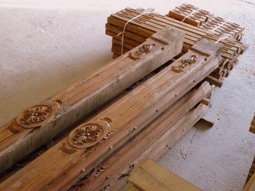 plafond ancien bois poutres apparentes bca mat riaux anciens. Black Bedroom Furniture Sets. Home Design Ideas