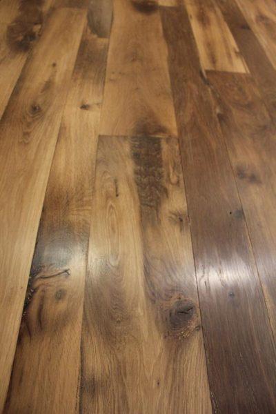Plancher chêne ancien raboté