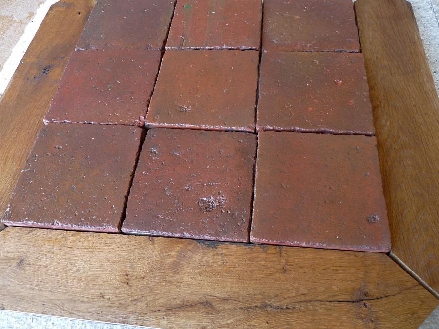 Carrelage ancien en terre cuite et navettes en vieux ch ne for Carrelage ancien