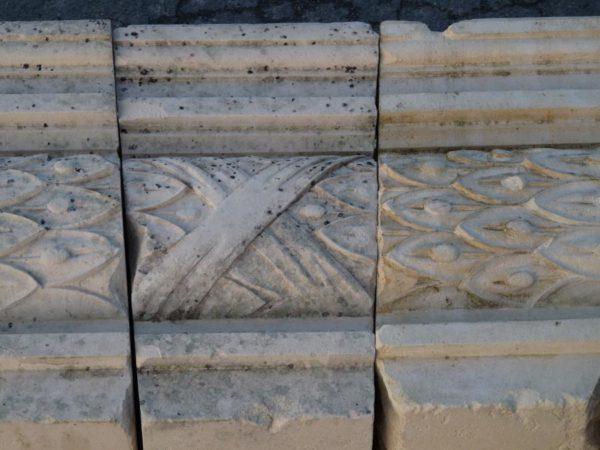 linteau pierre calcaire sculpté