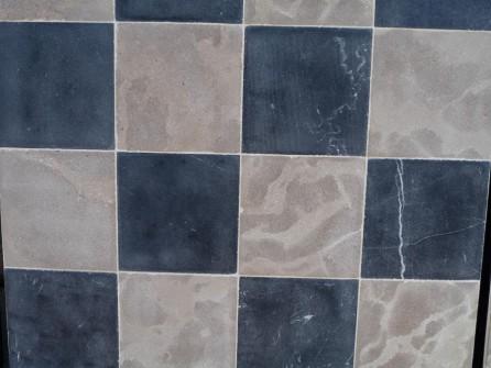 Carrelage en pierre naturelle en damier bca mat riaux for Carrelage damier
