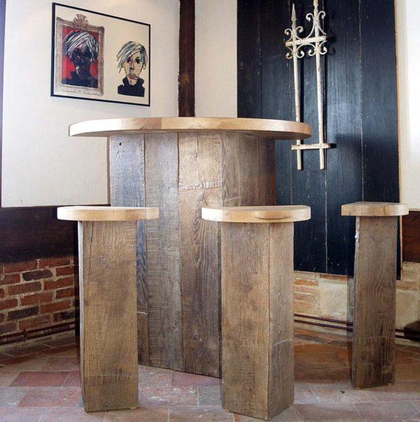 Bar en vieux chêne