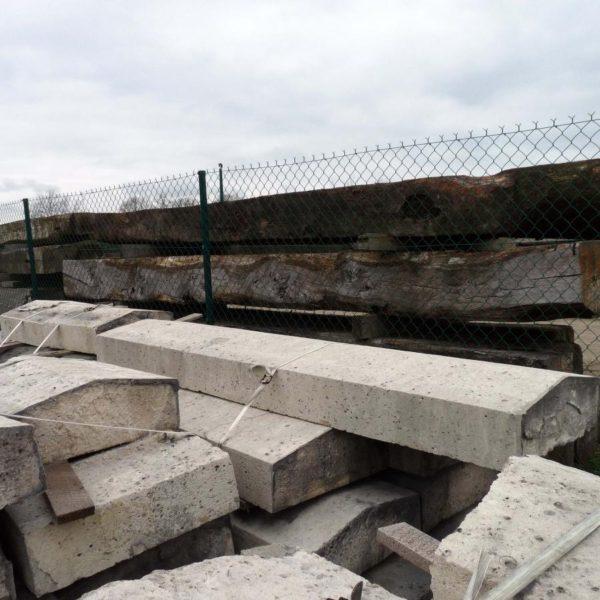 Dessus de mur en pierre calcaire