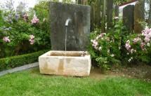 Fontaine ancienne - Bassin en pierre | BCA Matériaux Anciens