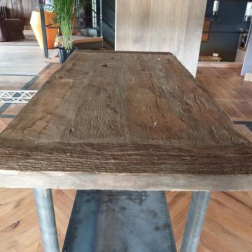 Table bois massif ancienne