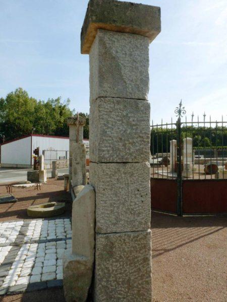 pilier granit