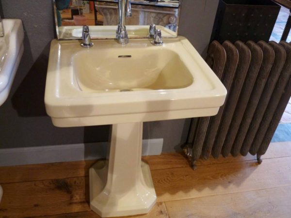 lavabo ancien XXe