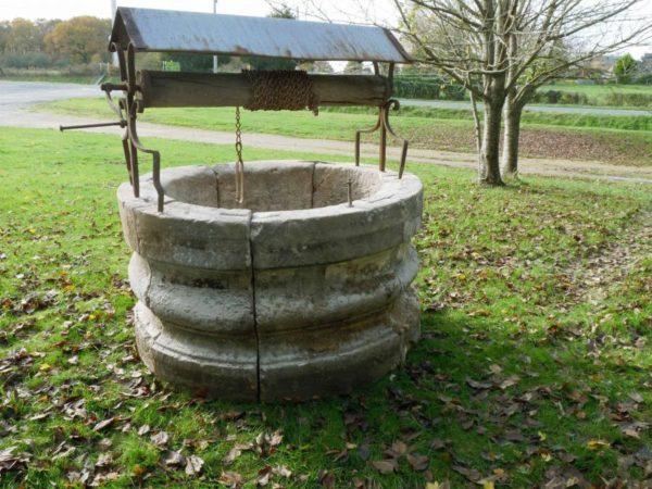 puits pierre margelle