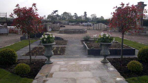 Jardin de curé en ardoise et schiste