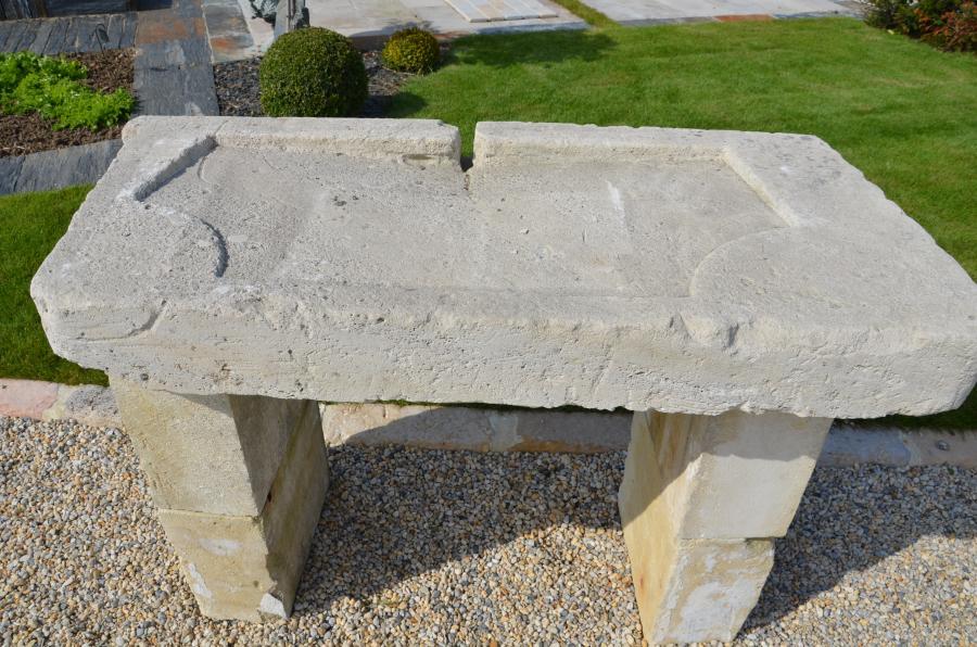 Evier ancien en pierre calcaire - Evier ancien en pierre ...