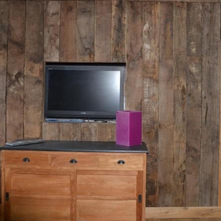 bardage int rieur en vieux bois vieux bois fran ais bca mat riaux. Black Bedroom Furniture Sets. Home Design Ideas