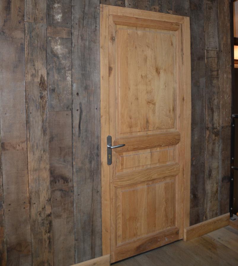 bardage int rieur en vieux bois vieux bois fran ais. Black Bedroom Furniture Sets. Home Design Ideas