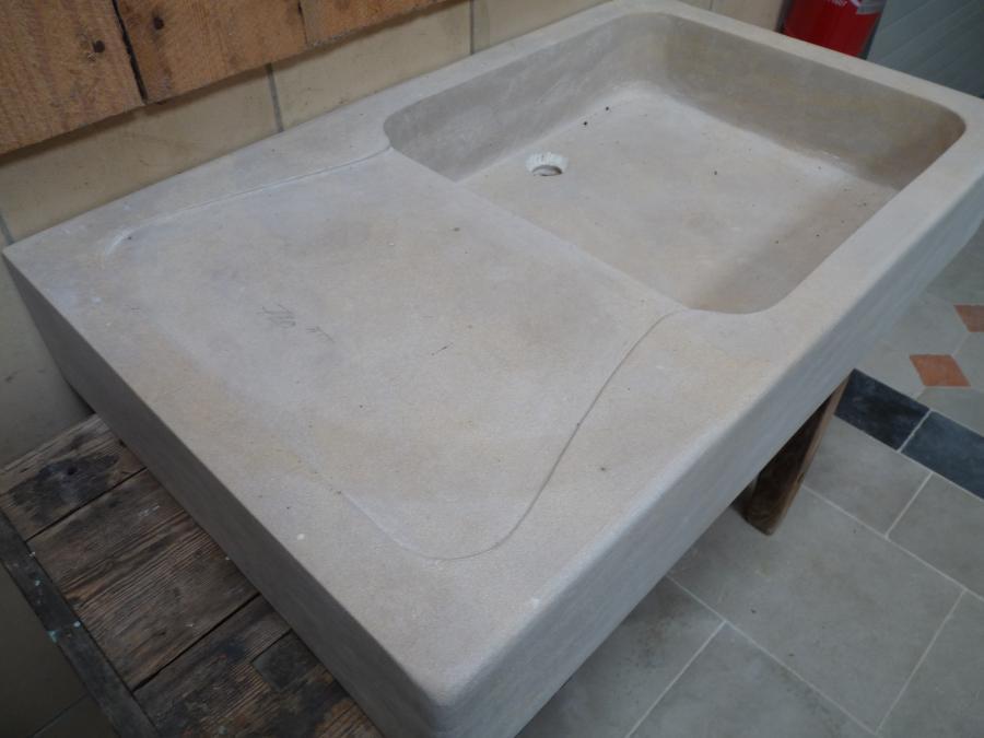 Vier en pierre naturelle calcaire bca mat riaux anciens - Evier en pierre naturelle ...