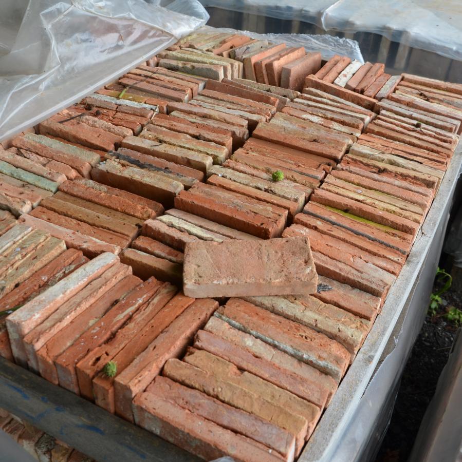 Brique ancienne de recuperation type st jean - Brique rouge ancienne ...