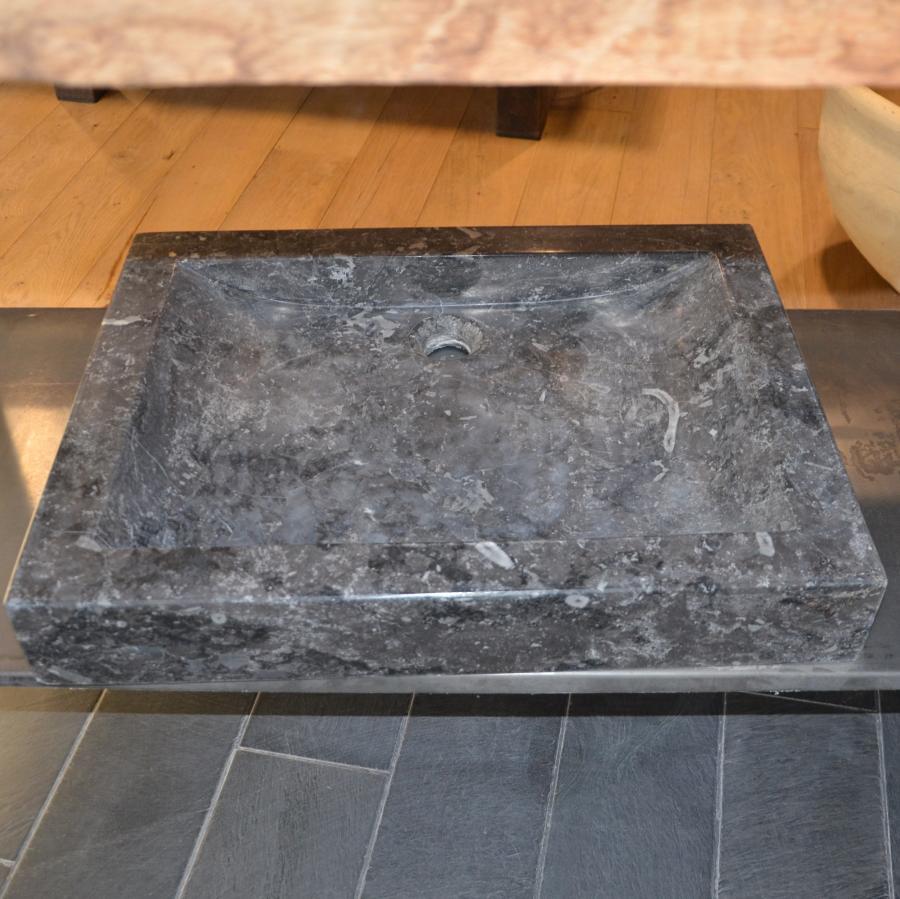 vier en pierre bleue format rectangulaire bca. Black Bedroom Furniture Sets. Home Design Ideas