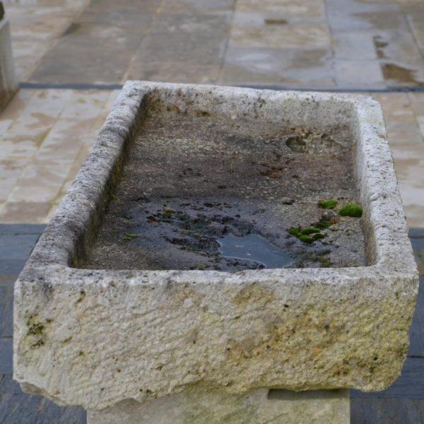 evier ancien pierre calcaire