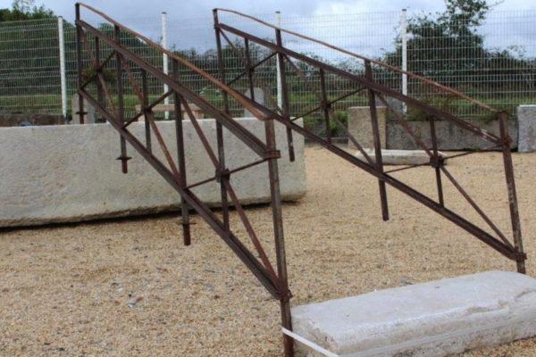 rampe escalier fer ancien