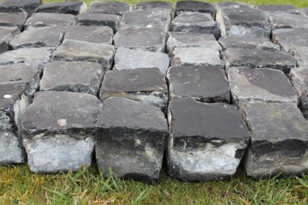 Pavés Basalt en pierre calcaire
