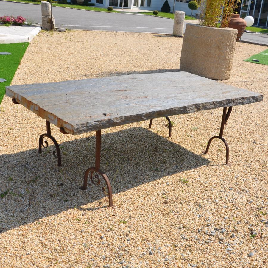 table de jardin en schiste et fer forg bca mat riaux anciens. Black Bedroom Furniture Sets. Home Design Ideas