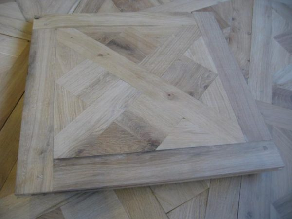 ANTIQUE OAK PANEL FLOORS
