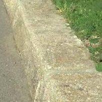 Bordure ancienne en granit