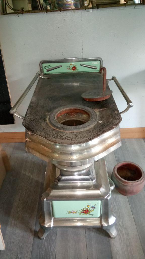 Cuisinière ancienne bois charbon - Décor émaillé | BCA Matériaux ...