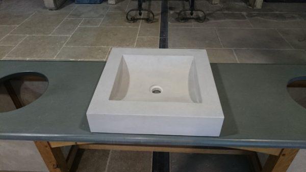 Vasque carré en pierre naturelle grise