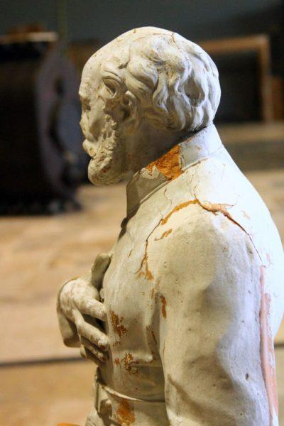 statue terre cuite leon moynet