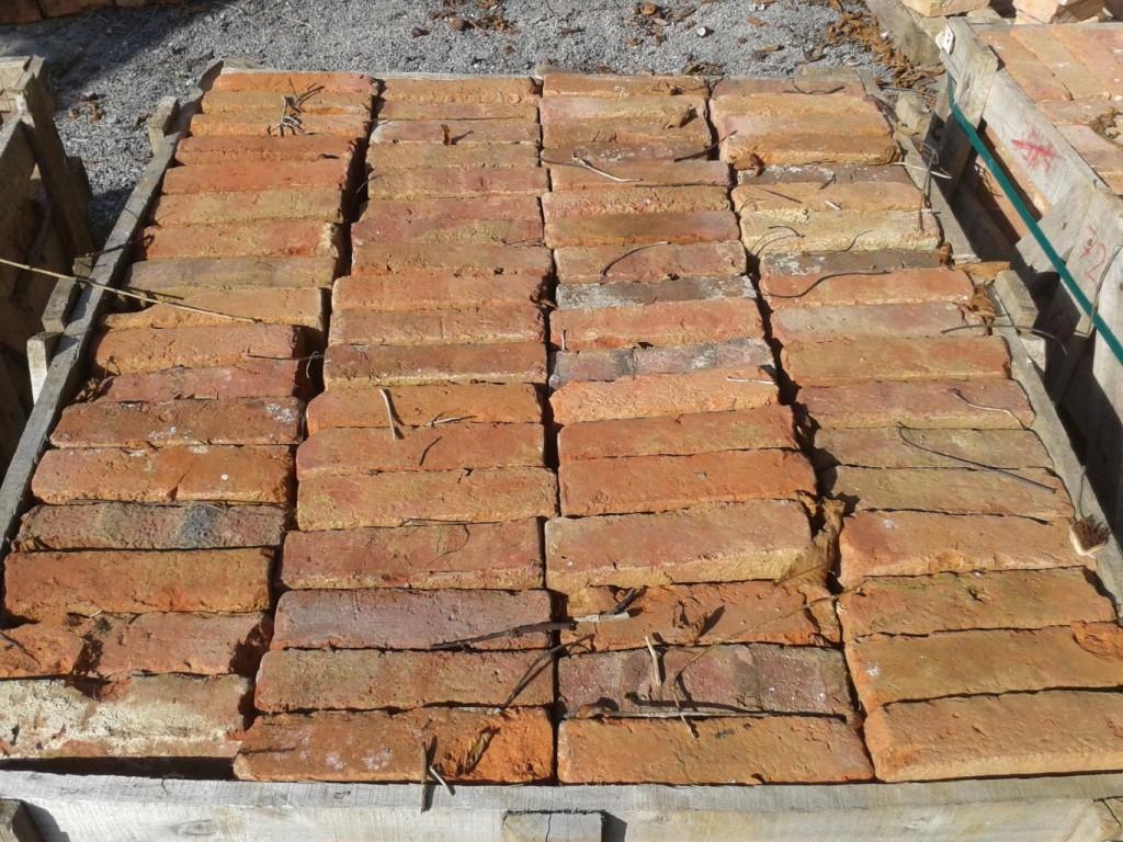 Brique ancienne de recuperation rustique - Brique rouge ancienne ...