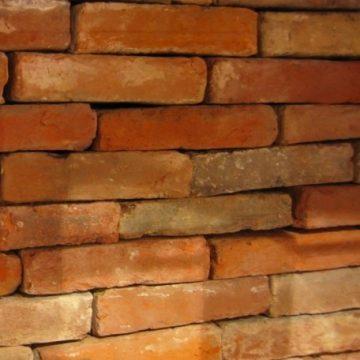 briques en terre cuite anciennes
