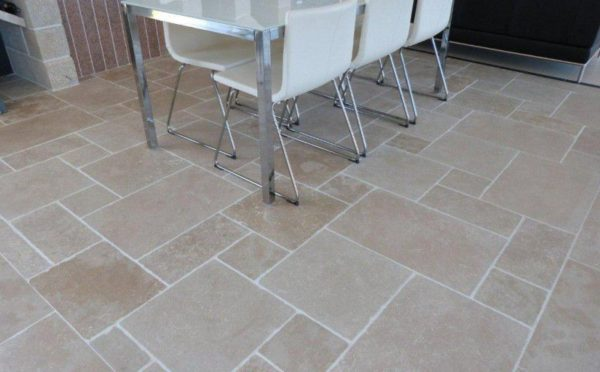 dalle pierre naturelle beige pour intérieur