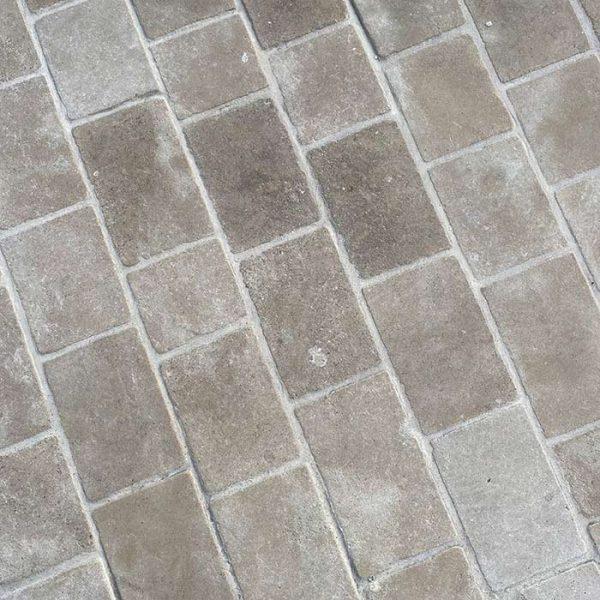 pavé beige en pierre naturelle style ancien