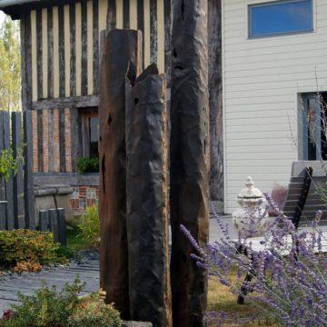 Colonne en métal intérieur style ancien