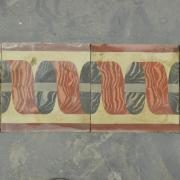 Frise de carreaux anciens en ciment ancien