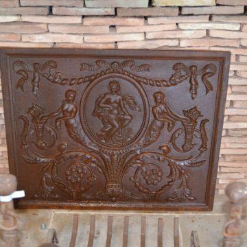 Plaque de cheminée ancienne rectangulaire en fonte