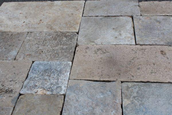 dalle en pierre de bourgogne ancienne