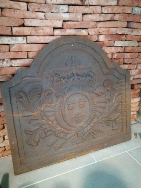 plaque de cheminée réédition de fleurs de lys