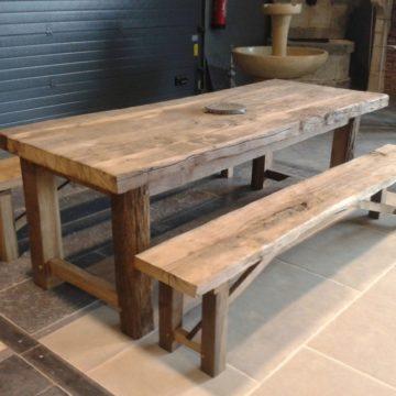 Table en vieux bois