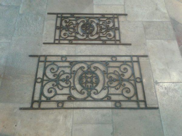 appui de fenêtre ancien en fonte