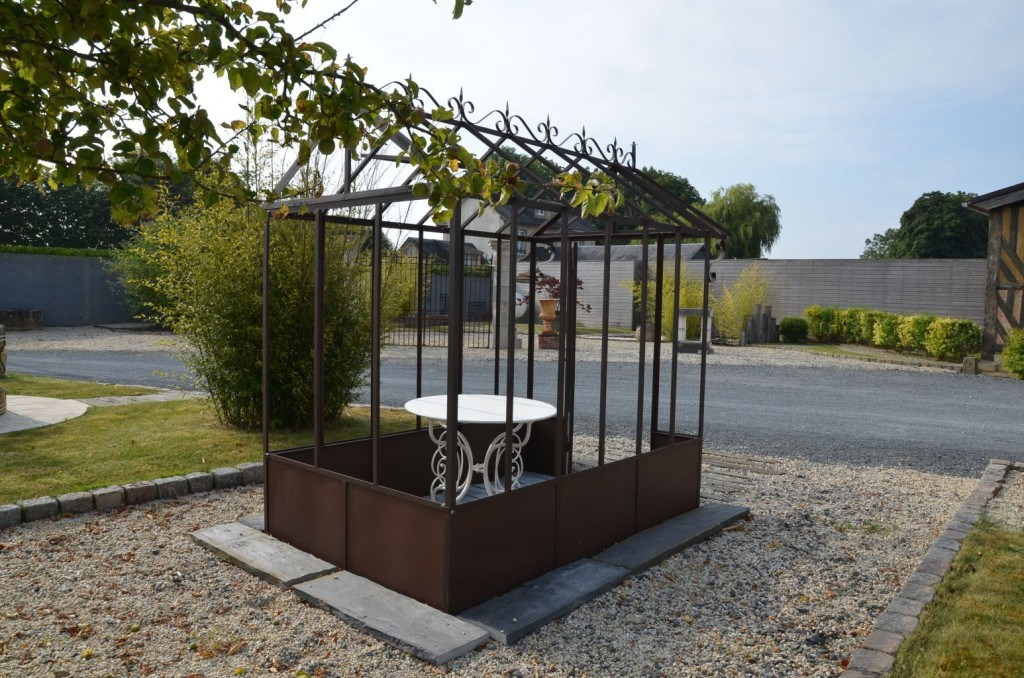serre ancienne fer forg bca mat riaux anciens. Black Bedroom Furniture Sets. Home Design Ideas