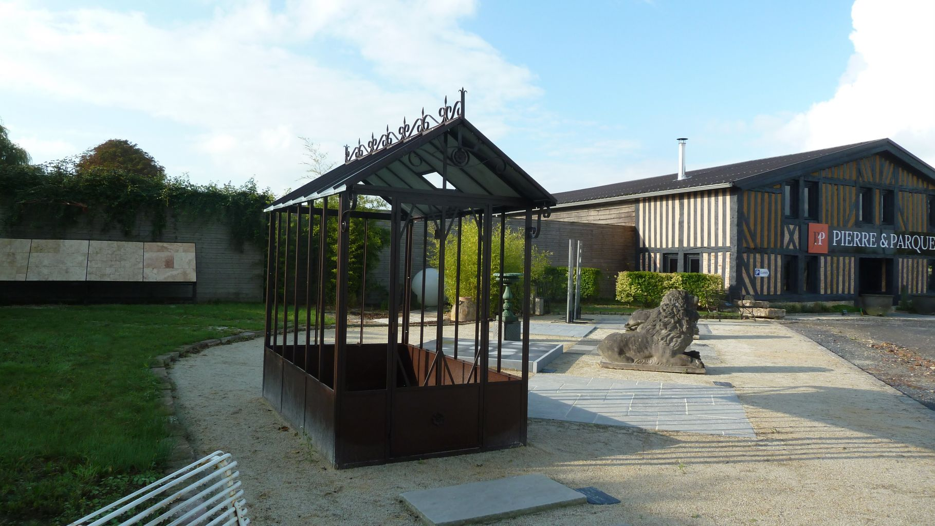 Serre de jardin l 39 ancienne fer forg bca mat riaux for Serre de jardin ancienne