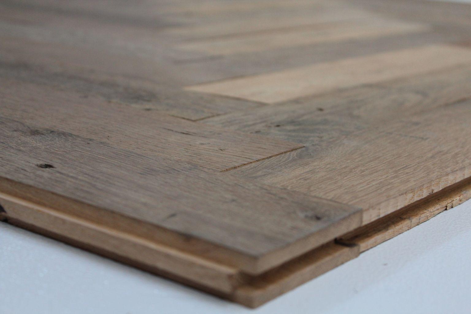 parquet ancien b ton rompu en ch ne bca mat riaux anciens. Black Bedroom Furniture Sets. Home Design Ideas