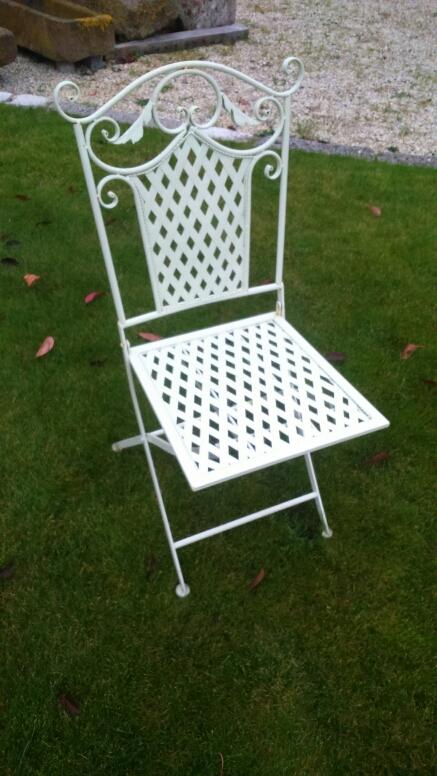 chaise pliante en fer forg bca mat riaux anciens. Black Bedroom Furniture Sets. Home Design Ideas