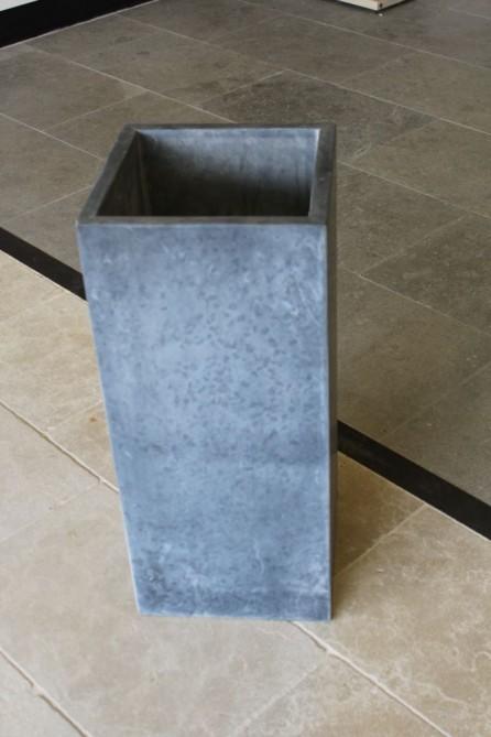 Pot fleur en pierre bleue hauteur 80 cm bca for Pot de fleur hauteur 80 cm