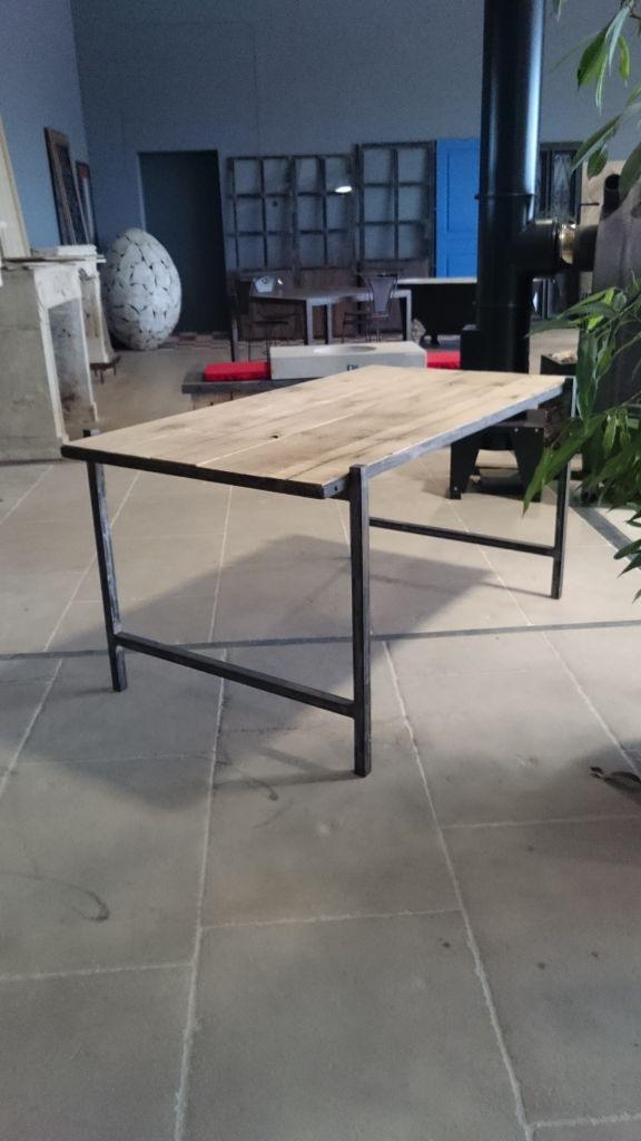 bureau en fer et vieux bois vieux ch ne de r cup ration bca mat riaux. Black Bedroom Furniture Sets. Home Design Ideas